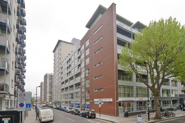 Thumbnail Flat to rent in Balmes Road, Islington, London