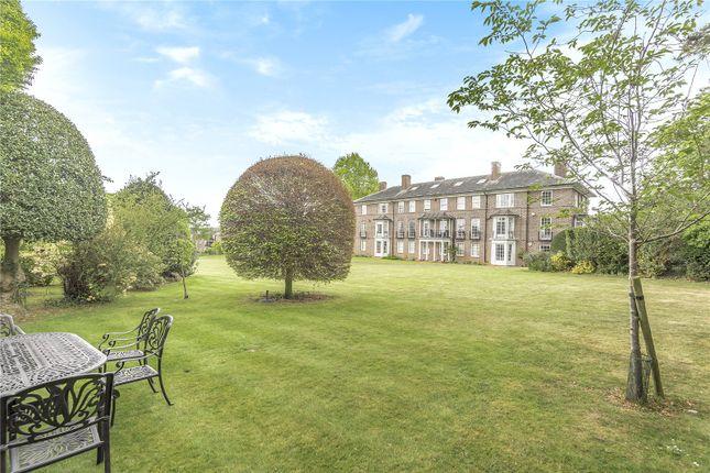 Thumbnail Flat for sale in Park Lawn, Farnham Royal, Buckinghamshire