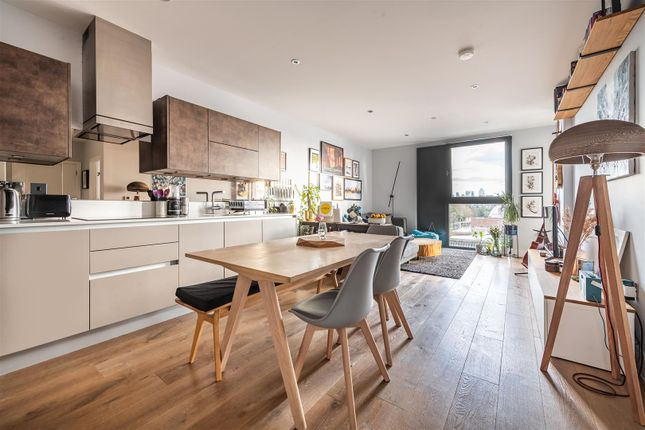 1 bed flat for sale in Roach Road, London E3