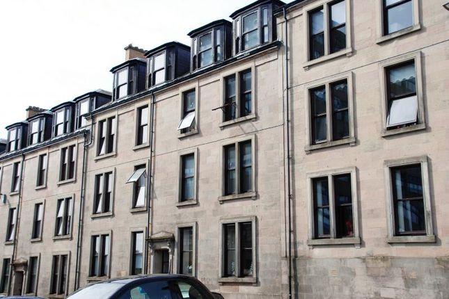Thumbnail Flat to rent in Newton Street, Greenock
