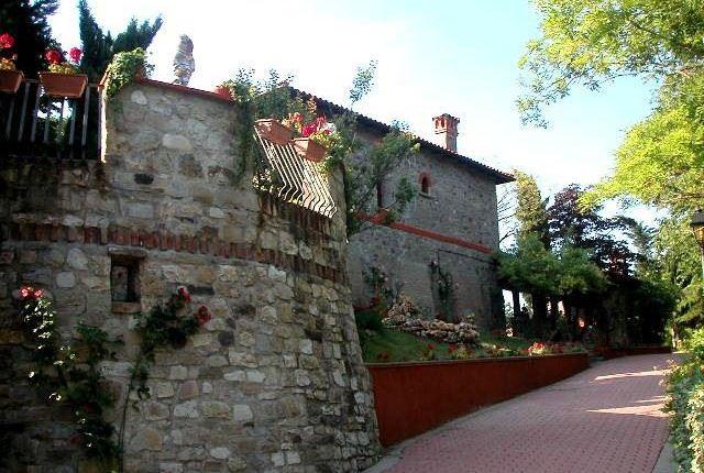 Thumbnail Villa for sale in Castel San Pietro Terme, Emilia-Romagna, Italy