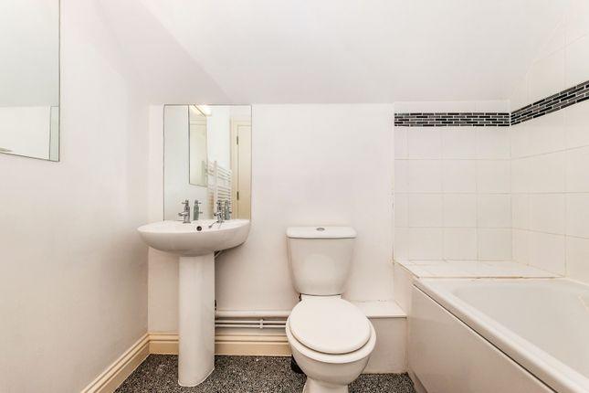 Bathroom of Wenban Road, Worthing BN11