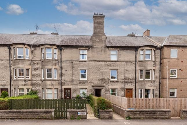 Thumbnail Flat for sale in Links Avenue, Musselburgh