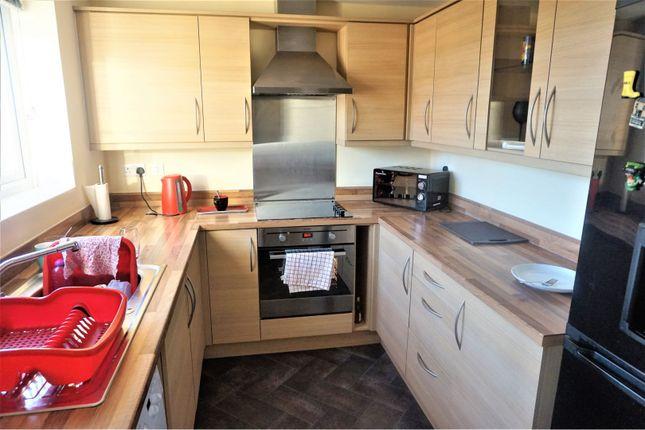 Kitchen of Severn Rise, Rowley Regis B65