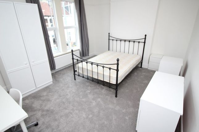 Thumbnail Property to rent in Orchard Road, Southsea