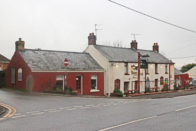 Thumbnail Pub/bar for sale in Llanharry, Pontyclun