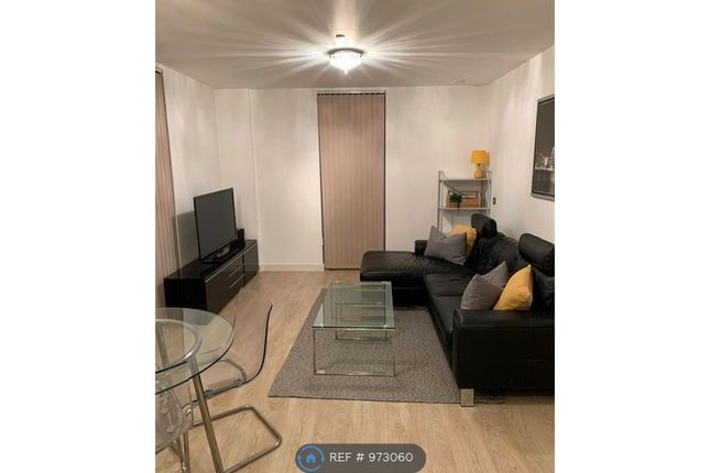 2 bed flat to rent in Rick Roberts Way, London E15