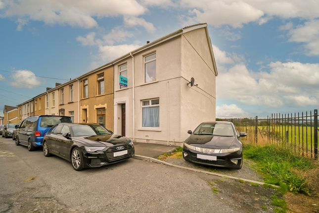 1 bed flat for sale in Lower Cross Road, Llanelli SA15