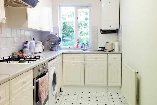 Thumbnail Flat to rent in Camilla Court, Grange Road, Sutton