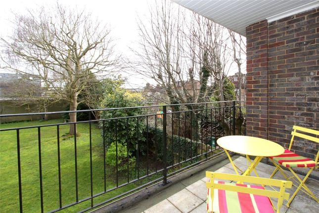 Thumbnail Maisonette for sale in Kitters Green, Abbots Langley
