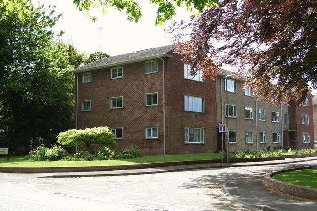 Thumbnail Flat to rent in South Walks Road, Dorchester
