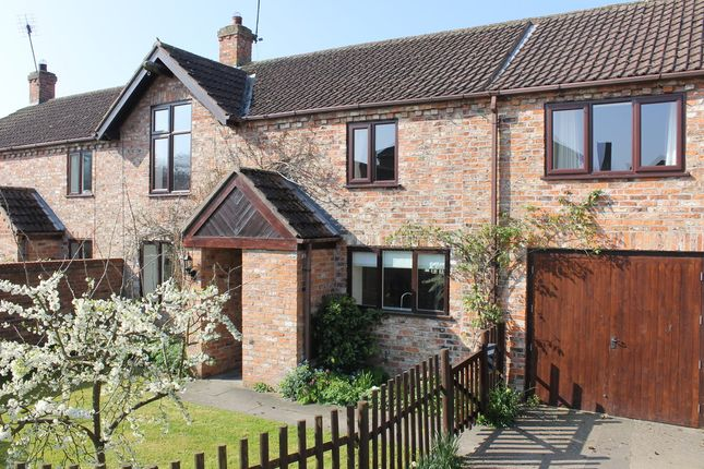 Thumbnail Barn conversion to rent in Dunroyal Close, Helperby, York