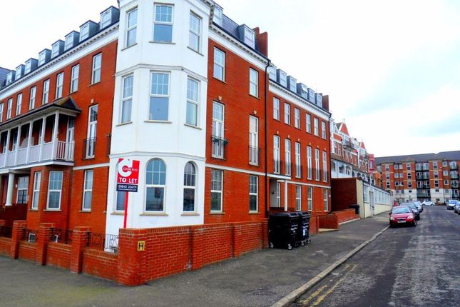Thumbnail Flat to rent in First Avenue, Cliftonville