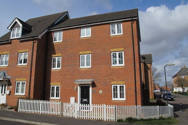 Thumbnail Detached house to rent in Dumas Drive, Whiteley, Fareham, Hampshire