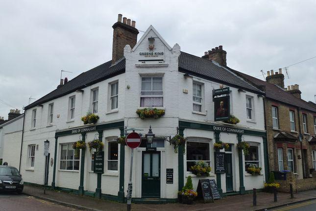 Thumbnail Pub/bar for sale in Arthur Road, Berkshire: Windsor
