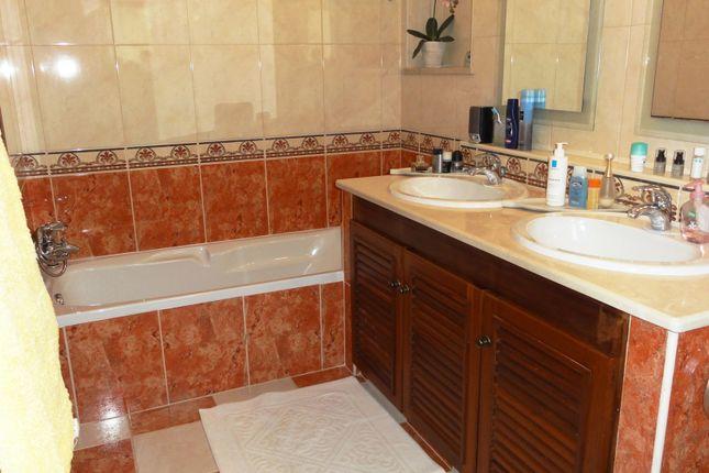 Bathroom of Carvoeiro, Lagoa, Portugal
