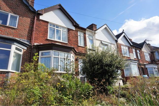 Thumbnail Semi-detached house for sale in Millbrook Road West, Southampton