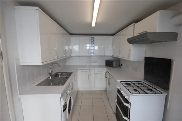 2 bed flat to rent in lewes road brighton bn2 46331759 - 2 bedroom flats to rent in brighton ...