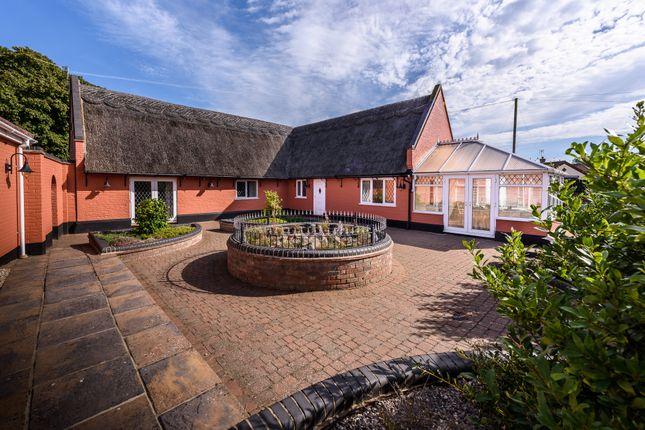 Thumbnail Cottage for sale in Yarmouth Road, Hemsby