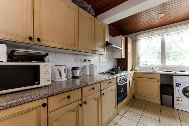 Thumbnail Terraced house for sale in Brixton, Brixton
