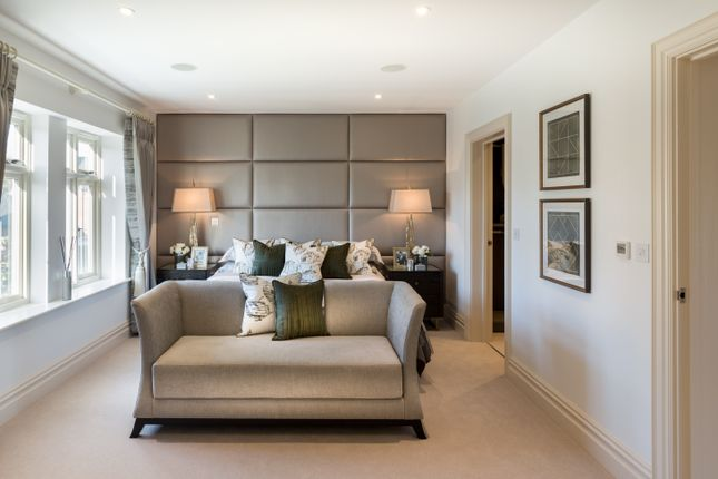 Thumbnail Flat for sale in No. 57 Brackens House, Brompton Gardens, London Road, Ascot, Berkshire