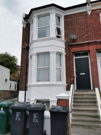 Thumbnail Terraced house to rent in Upper Hollingdean Road, Brighton