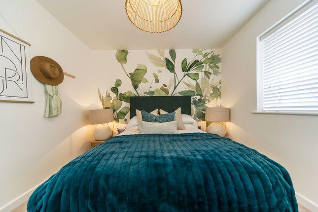 2 bedroom flat for sale in Western Link, Faversham