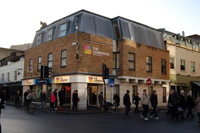 Thumbnail Retail premises to let in 32 St. Andrews Street, Cambridge, Cambridgeshire