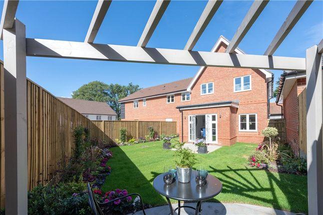 Thumbnail End terrace house for sale in Murrell Hill Lane, Binfield, Berkshire