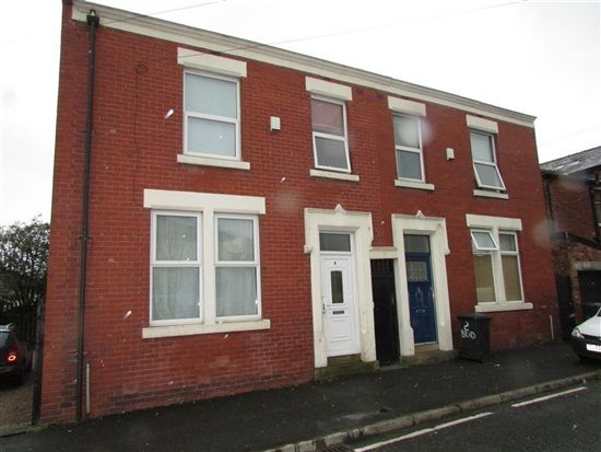 External of Braddon Street, Preston PR1