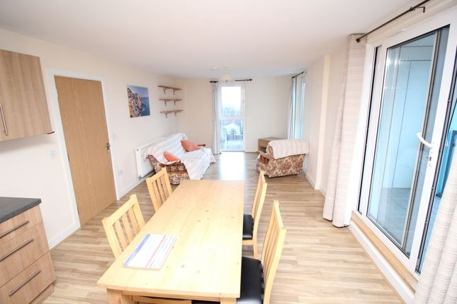 Thumbnail Flat to rent in Vista Fratton Way, Southsea