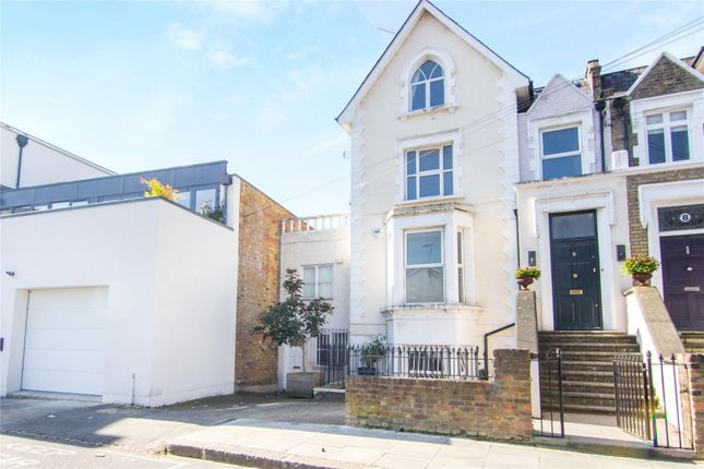 Studio for sale in St. Stephens Avenue, Shepherds Bush
