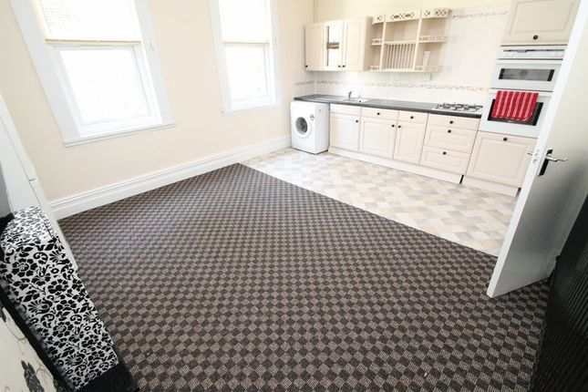 Thumbnail Maisonette to rent in Albany Road, Montpelier, Bristol