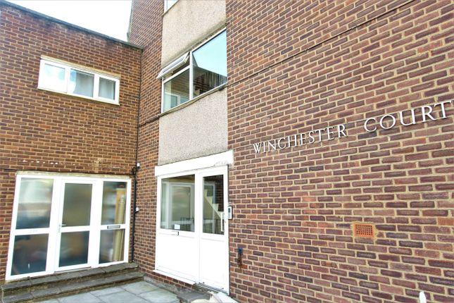 Flat to rent in Winchester Court, London
