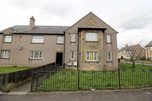 Thumbnail Flat for sale in Crum Crescent, Bannockburn, Stirling