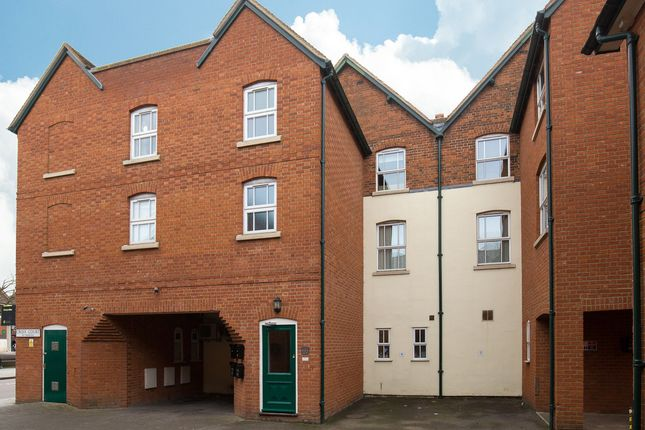 3 bed flat for sale in Croix Court, Royston, Hertfordshire