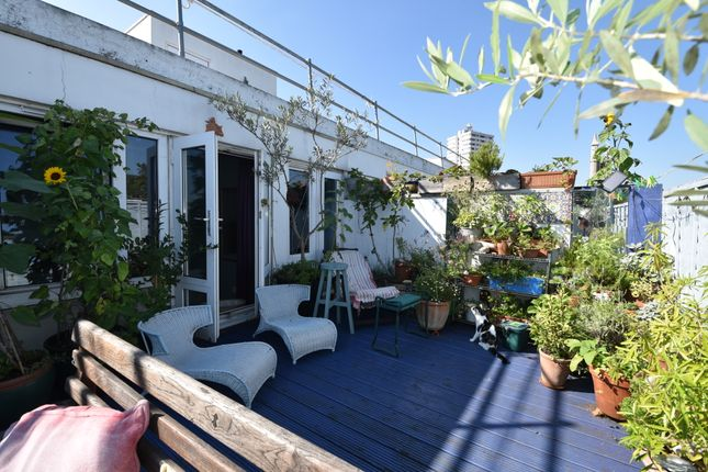 4 bed flat for sale in Wellesley Road, Kentish Town, London NW5