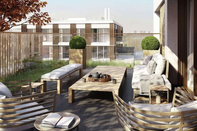 Thumbnail Flat for sale in Kensington House, Prince Of Wales Drive, London