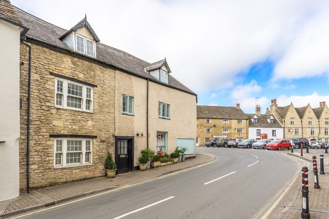 Thumbnail 2 bed cottage to rent in Silver Street, Tetbury