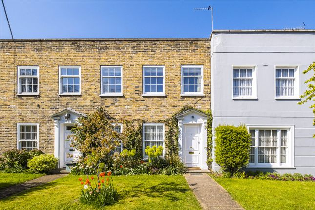3 bed terraced house for sale in Grange Grove, London N1