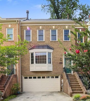 Thumbnail Property for sale in 8801 Bel Air Pl, Potomac, Maryland, 20854, United States Of America