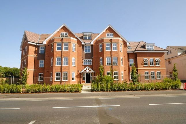 Thumbnail Flat for sale in Bournemouth Road, Lower Parkstone, Poole