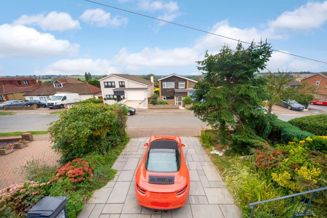 Thumbnail Bungalow for sale in Burleigh Way, Cuffley, Potters Bar