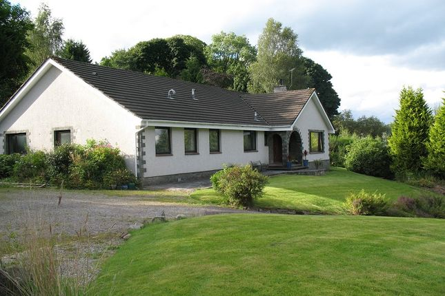 Thumbnail Bungalow for sale in Linsfort Golf Hill Drive, Moffat, Dumfries And Galloway.