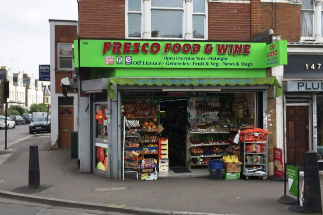 Thumbnail Retail premises for sale in London N8, UK