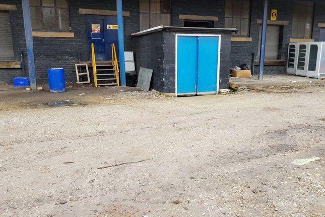Basement Access of Wrigley Head, Manchester, Failsworth M35