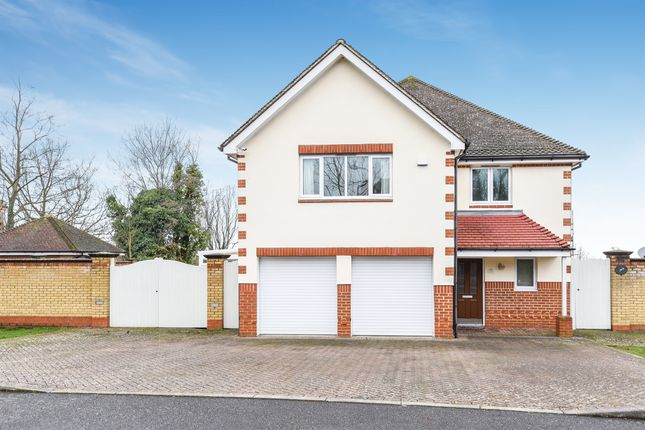 Thumbnail Detached house for sale in Merrin Hill, Sanderstead, South Croydon