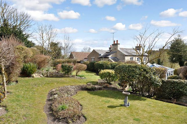 Thumbnail Cottage for sale in St Martins, Castle Bytham, Grantham