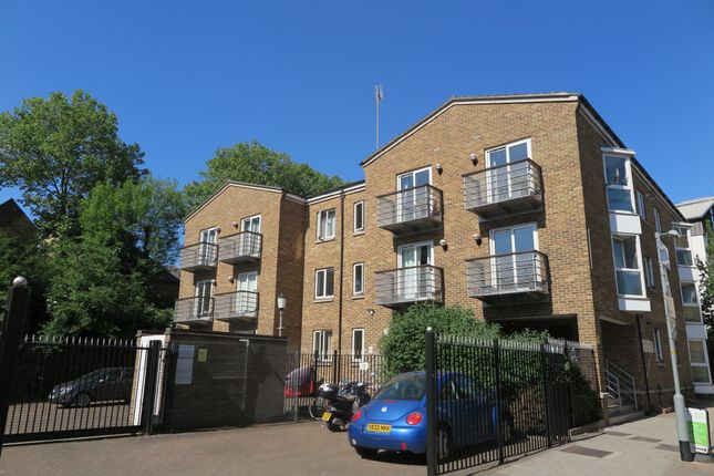 Thumbnail Flat to rent in Plough Way, London