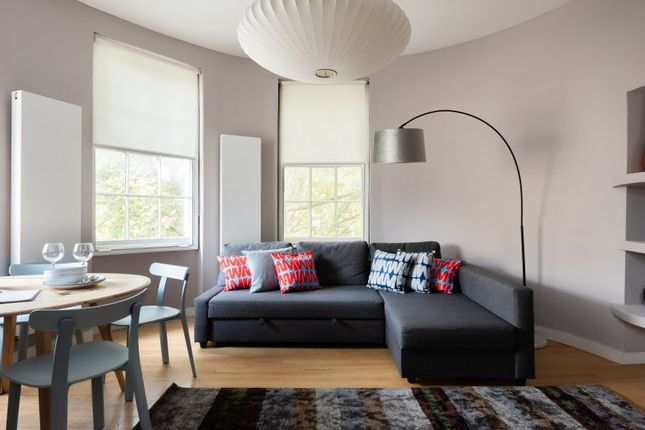 Thumbnail Flat to rent in Holland Park Avenue, Notting Hill